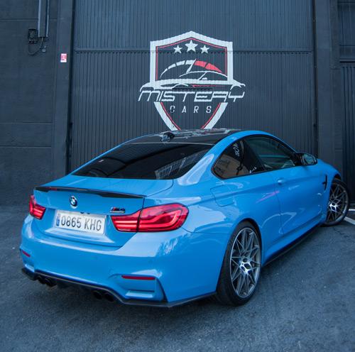 BMW-M4-Trasera